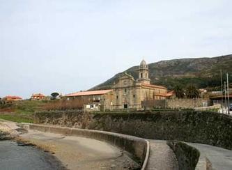 Monasterio de santa mar a de oia vacaciones en galicia for Registro de la propiedad lugo